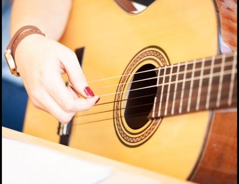 Gitarre für leicht Fortgeschrittene ab 16 J.