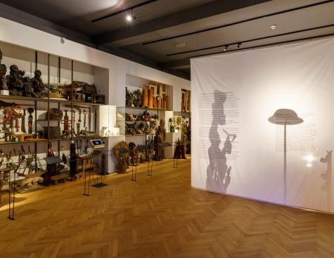 Ausstellung SPURENSUCHE